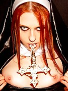 Liz Vicious : Liz Vicious being a naughty nun
