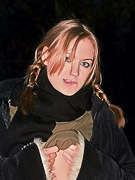 Kiss Kristin : Kristin outdoors at night in the snow