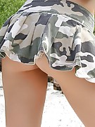 Annabelle Angel : Army Chick