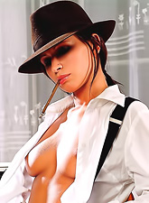 Susana Spears drops down her white shirt and black skirt and shows her naked body