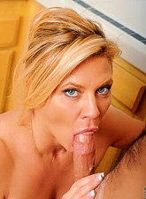 Ginger Lynn spreads her sexy legs in stockings and gets nailed by huge fat meat ro