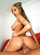 Petite Amy Reid satisfies her huge hunger for orgasms by riding a big sausage.
